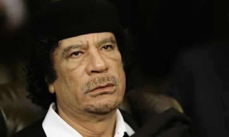 Muammar Gadhafi falleció el pasado 20 de enero de 2011 tras meses de combate con las fuerzas rebeldes libias. (Foto: AP)