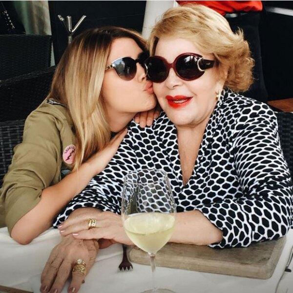 La hija de Luis Miguel aprovechó que es el cumpleaños de su bisabuela para dedicarle unas emotivas palabras.