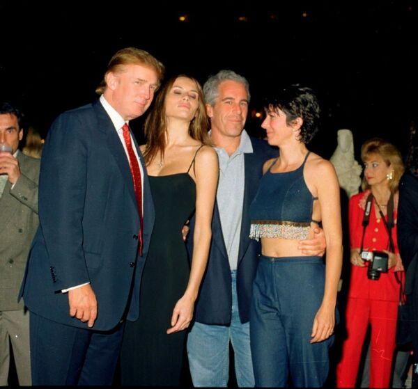 Donald Trump y Jeffrey Epstein 6.jpg
