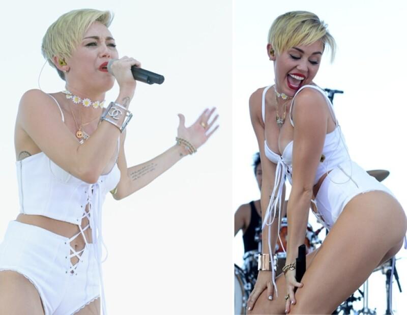Miley lloró un poco al cantar su nuevo sencillo.