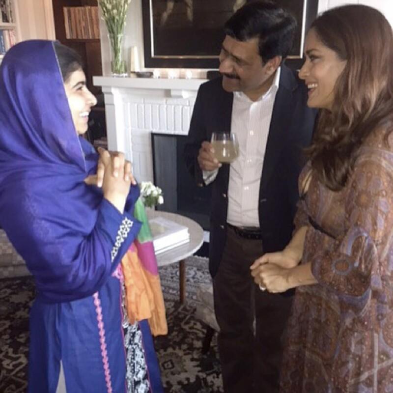 En la reunión a la que acudieron ambas, también estaba el papá de Malala.