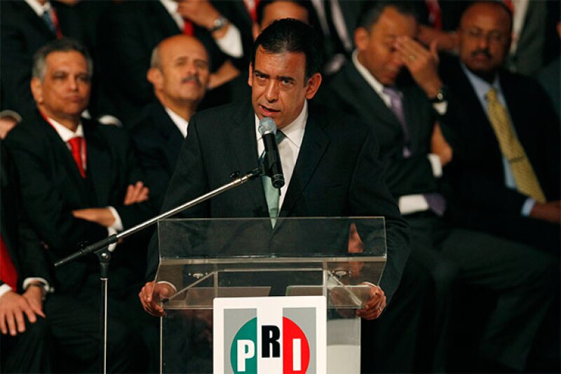 Tras ser detenido por la policía española, el ex lider del PRI ha sido decretado bajo prisión incondicional sin derecho a fianza.