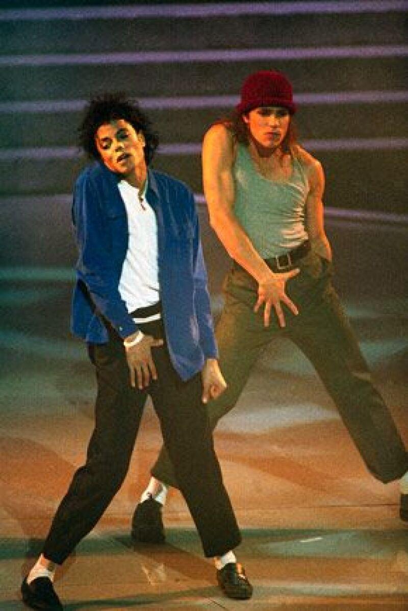 El productor James L. Nederlander dijo haber adquirido los derechos para una versión teatral del icónico video musical del Rey del Pop.