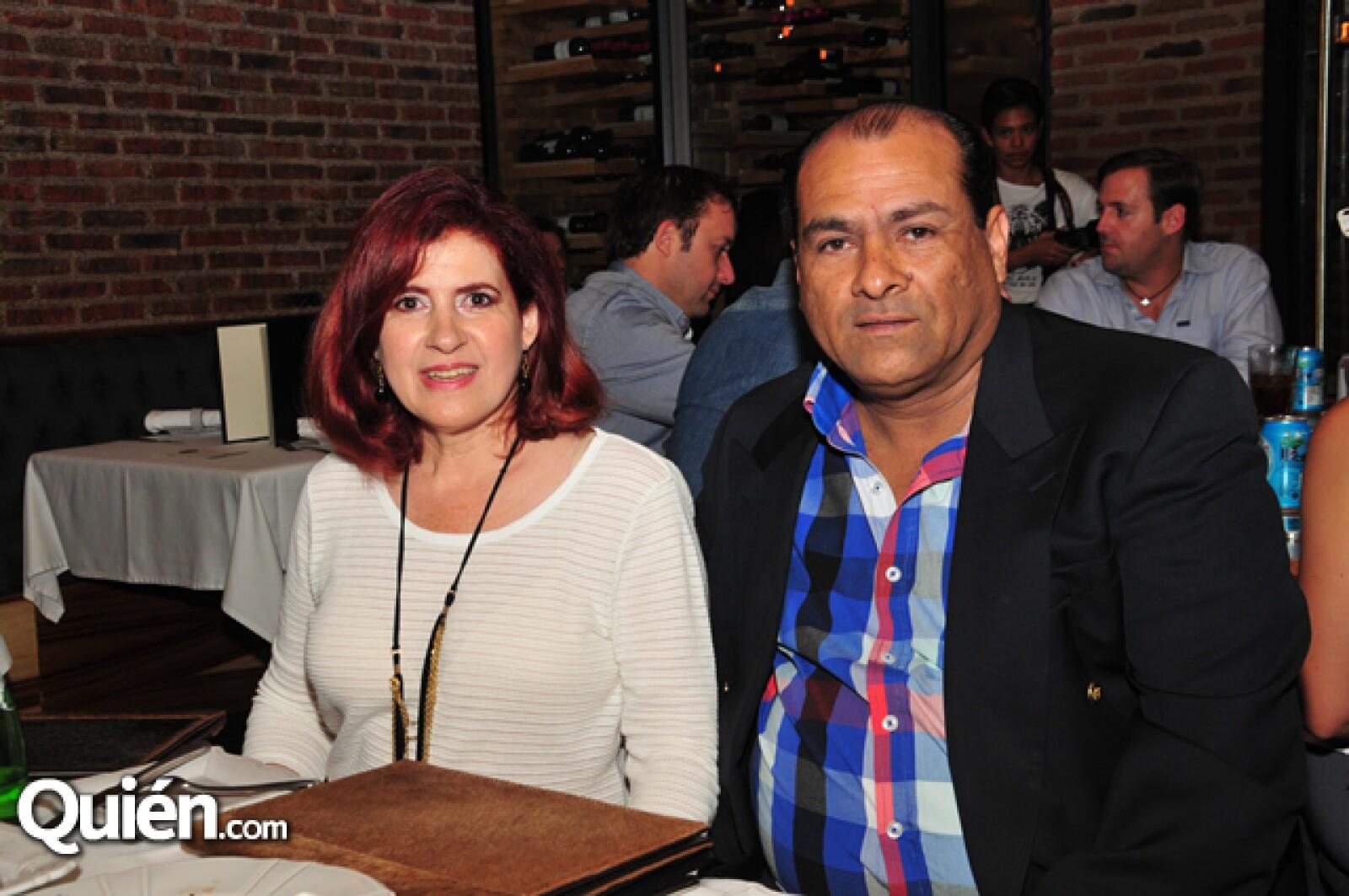 Zaida Flores y Juan Andres Garduño