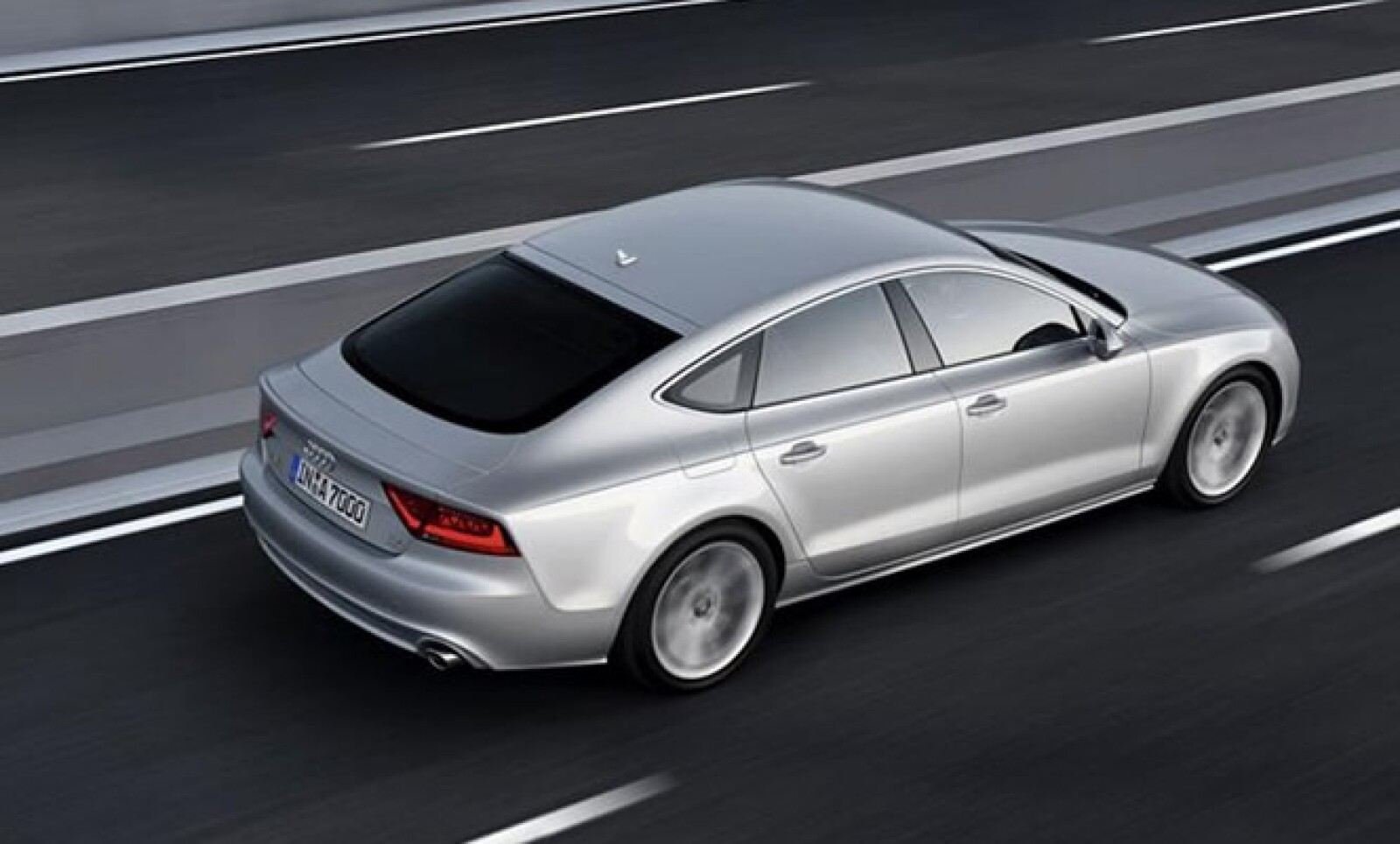 Se espera que este modelo haga su aparición a finales de 2010 en México, aún sin precio determinado.