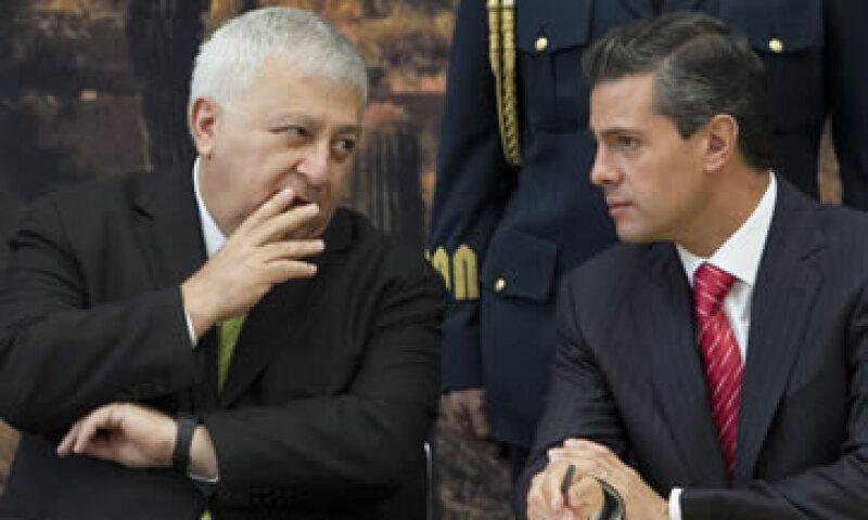 La Secretaría de Educación es dirigida por Emilio Chuayffet –izq. (Foto: Cuartoscuro)