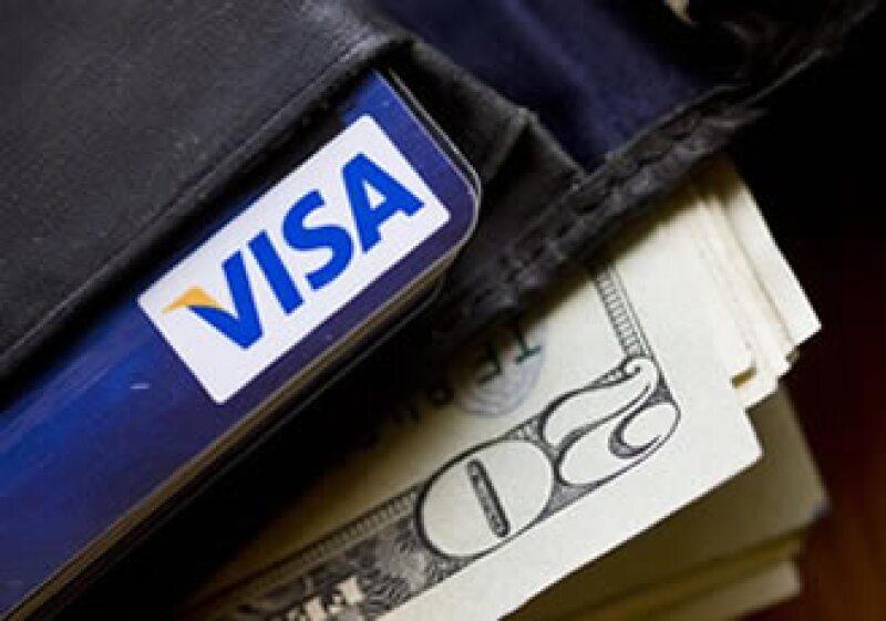Por medio de la red de Visa, las remesas se depositarán directamente en la tarjeta del beneficiario. (Foto: AP)
