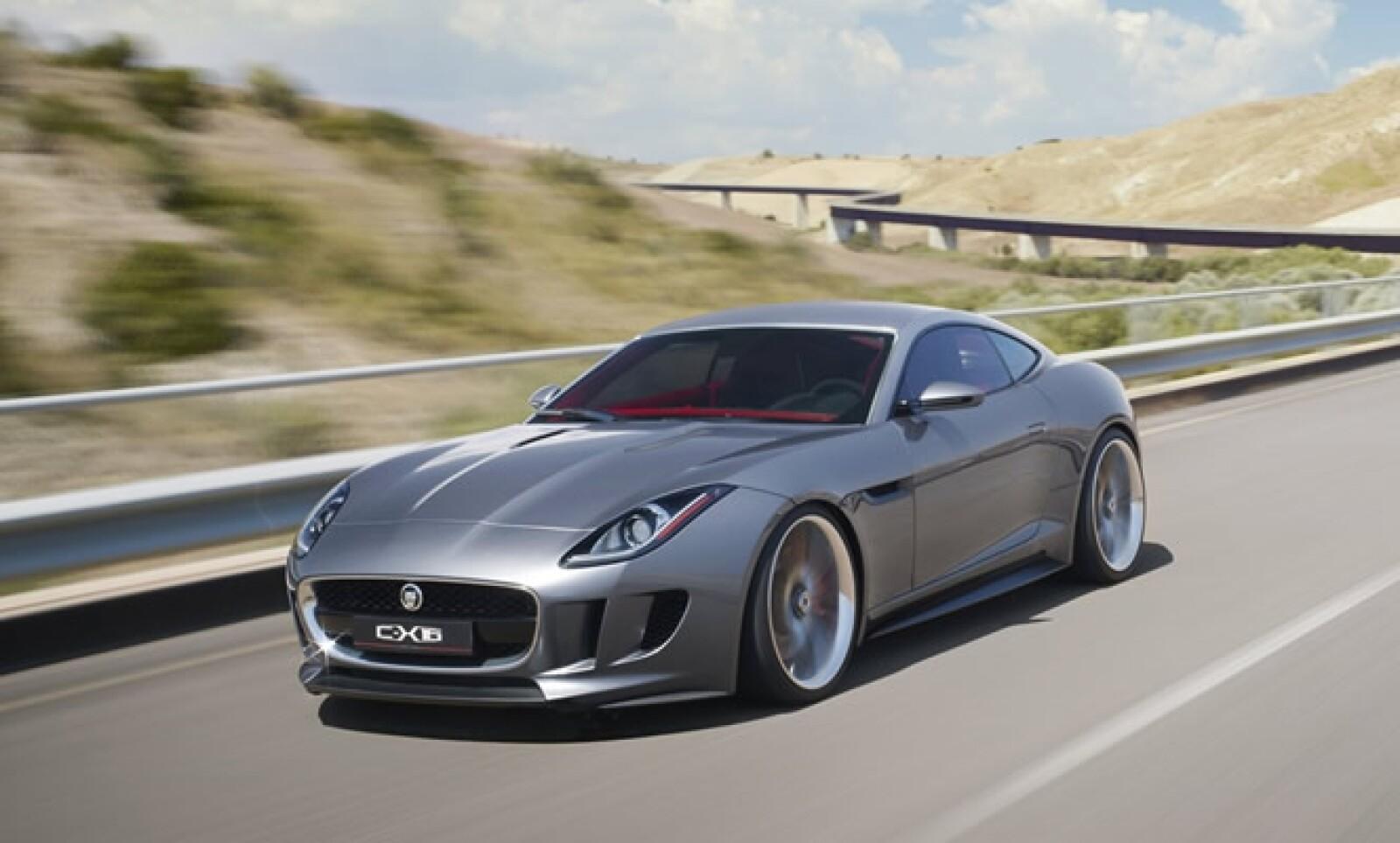 Diseñado para conmemorar los 50 años del mítico E-Type, es tan veloz como atractivo, cuenta con un motor 3.0L V6, cuyos 380 caballos de fuerza son bien aprovechados dentro de un ligero chasis de aluminio.
