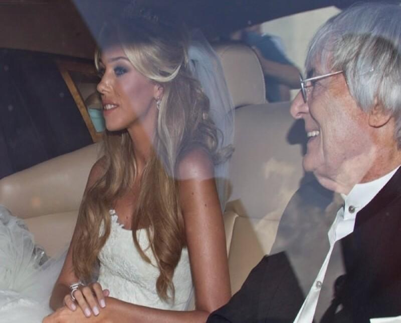 Petra llegó acompañada de su padre, Bernie Ecclestone.