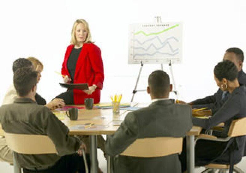 Una de las equivocaciones más grandes al dirigirse a una audiencia es ser aburrido. (Foto: Jupiter Images)