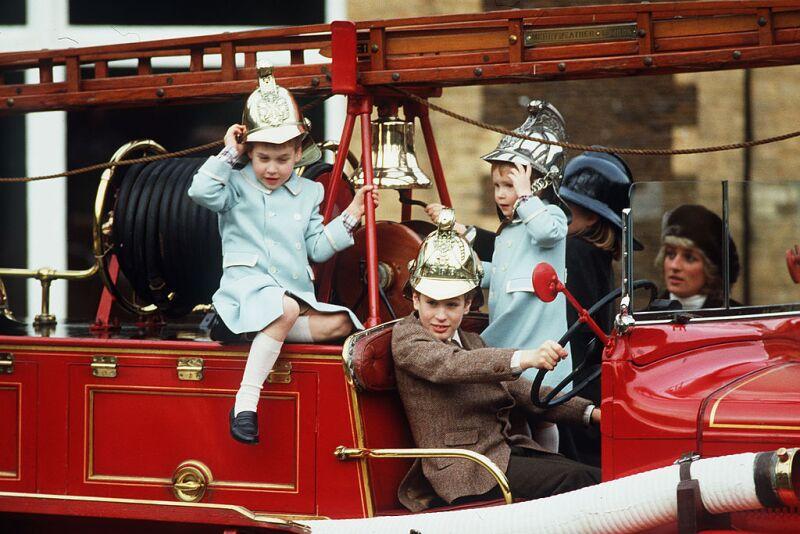 príncipe William y príncipe Harry