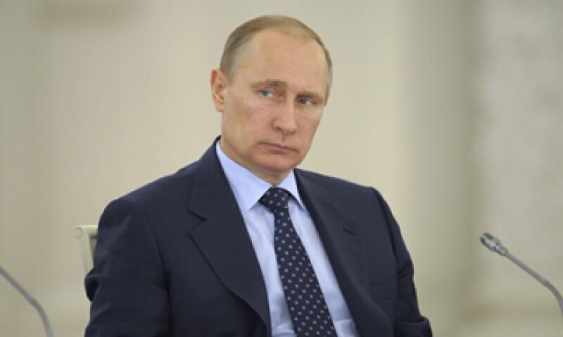 Vladimir Putin ha amenazado con cortar el suministro de gas a Europa por el impago de Ucrania. (Foto: Reuters)