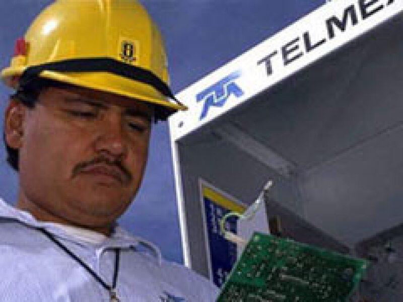La empresa de Carlos Slim cayó en el cuarto trimestre del año pasado. (Foto: Archivo)
