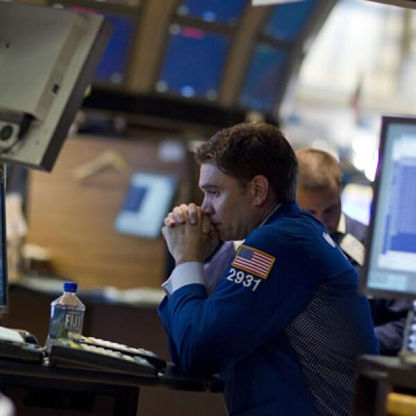 El 4 de agosto el índice Dow Jones tuvo una caída 513 puntos, 4.3%, la mayor desde el 22 de octubre de 2008.