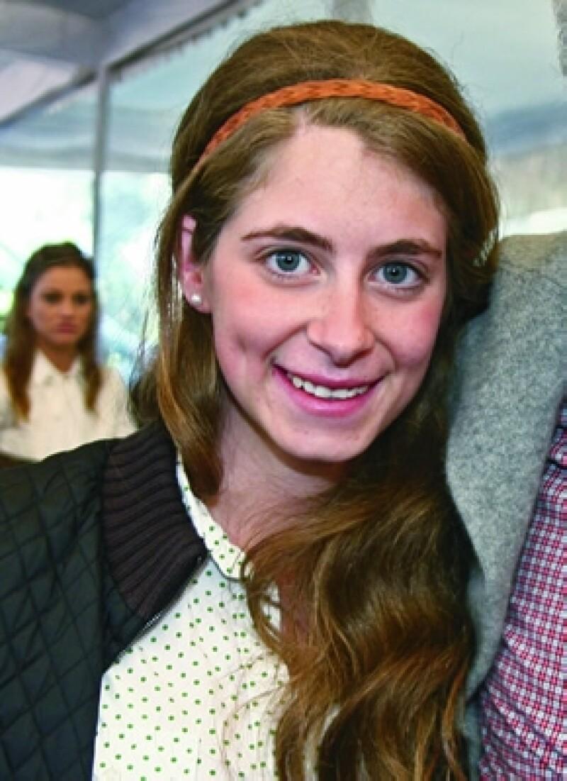 La noticia sobre una posible relación entre José Ramón López y la hija del panista Santiago Creel se dio a conocer ayer, sin embargo él nos ha dicho que no sale con ella.