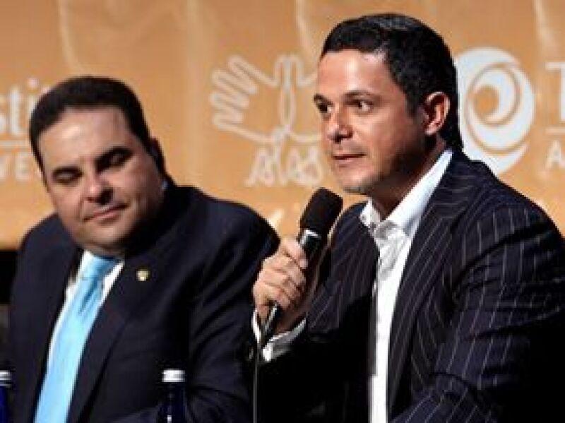 Los cantantes platicaron con el dirigente de México, así como de Argentina, El Salvador, Panamá  y Paraguay para lograr un acuerdo regional a favor de la niñez.
