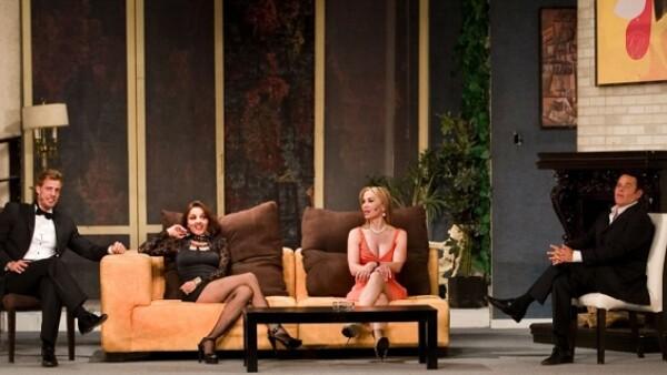 La obra protagonizada por el actor cubano William Levy regresó a la ciudad de México, el Blanquita fue el teatro elegido para que el elenco celebre sus 100 representaciones este sábado.