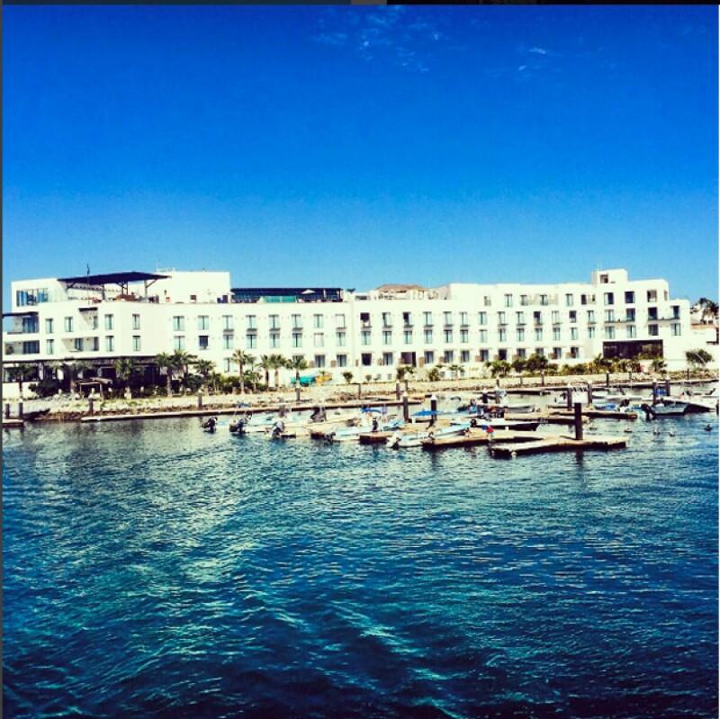 ¿Tienes ganas de salir de viaje pero no sabes a dónde ir?. Te presentamos este espectacular hotel ubicado en Cabo San Lucas.