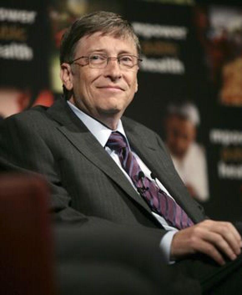 El fundador de Microsoft sigue siendo el estadounidense más rico, pero su fortuna disminuyó al igual que la de muchos otros que figuran en la lista.