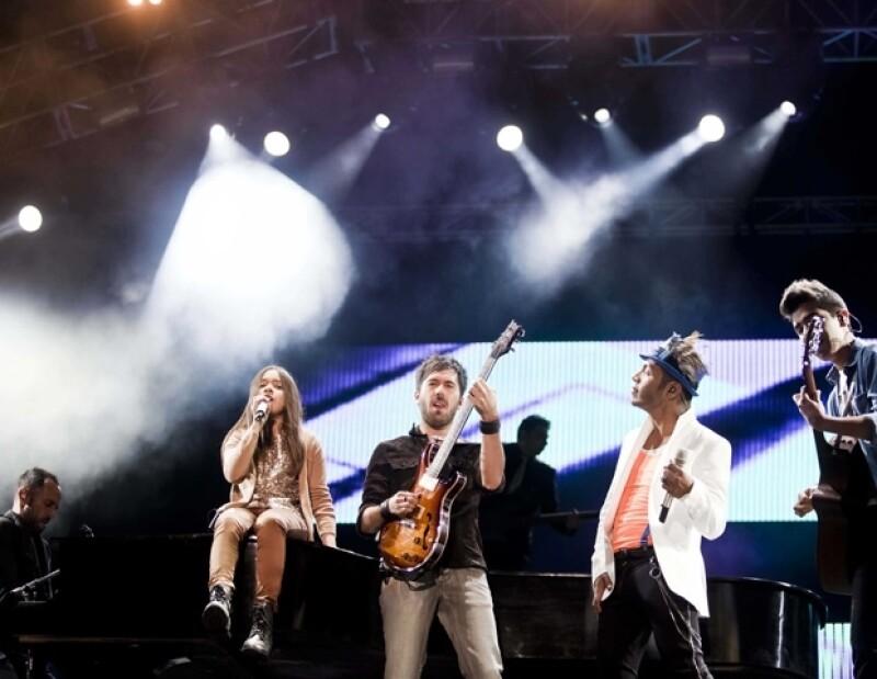 Los Vazquez Sound interpretaron `Rolling in the Deep´.