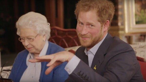 El príncipe Harry y la reina Isabel II no se dejarán ganar.