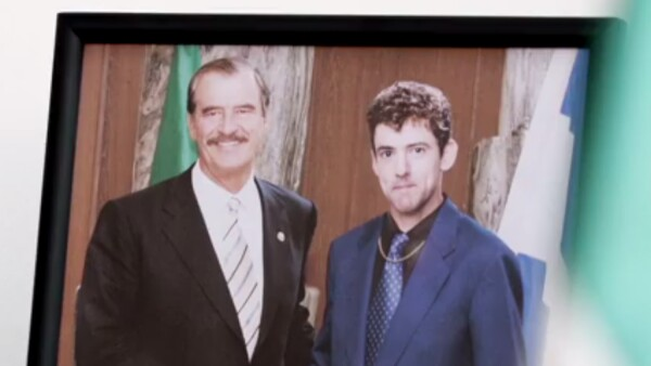 Vicente Fox en Club de Cuervos.