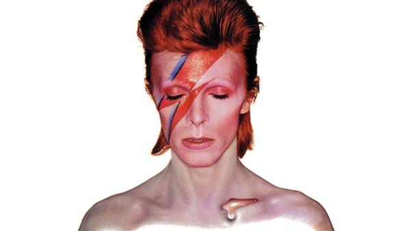No cabe duda que el cantante británico revolucionó el mundo de la música. Por eso hacemos un recuento de sus discos más influyentes.