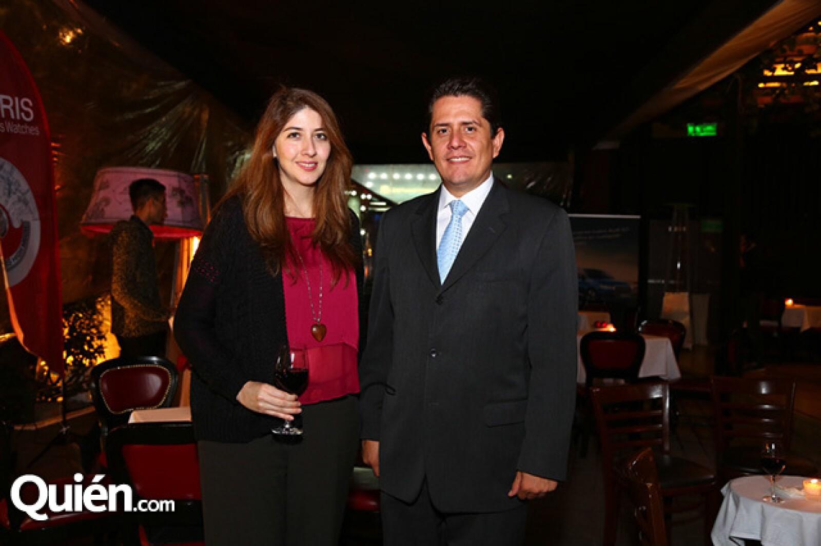 Paola Moye y Antonio Aldrete