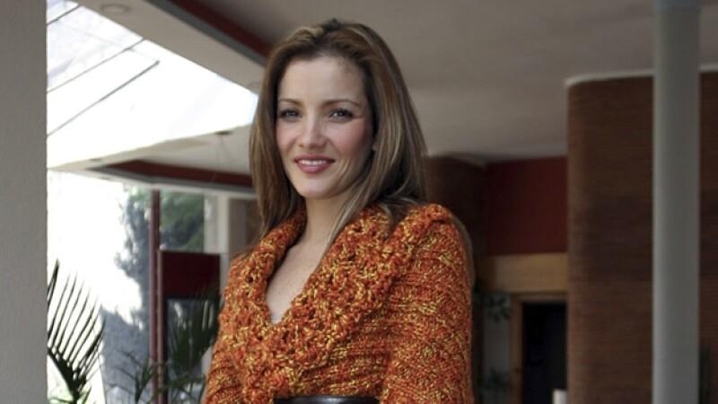 Karla Álvarez actriz